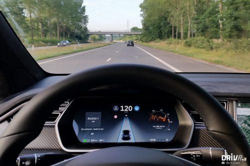 2017_Tesla_100D-32