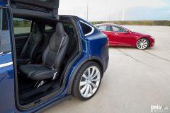 2017_Tesla_100D-9