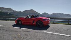 Porsche 718 GTS driving_res