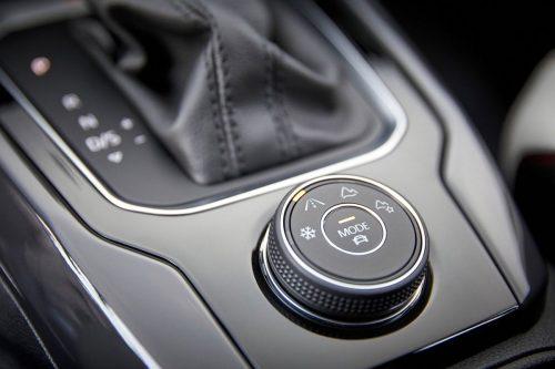 Volkswagen-T-Roc-2018-1280-6a