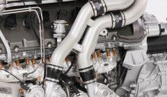 Bugatti-Chiron-Engine-5-1200x700