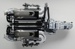 Bugatti-Chiron-Engine-and-Gearbox