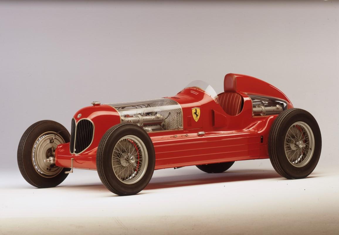 Alfa-Romeo-GP-16C-Bimotore-2