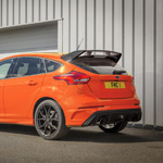 thumb_2018_ford_focus_rs_heritage_edition