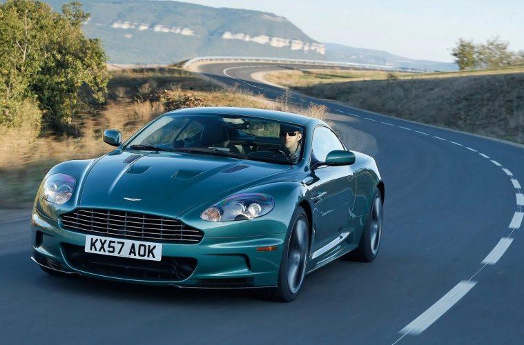 Aston_Martin-DBS_Racing_Green