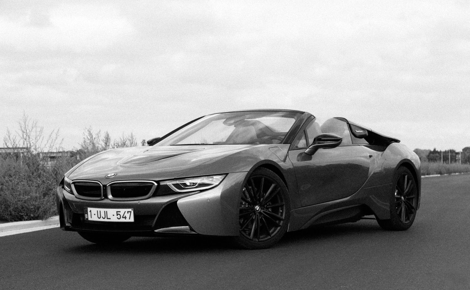 2018_bmw_i8_roadster_first_edition_test_01