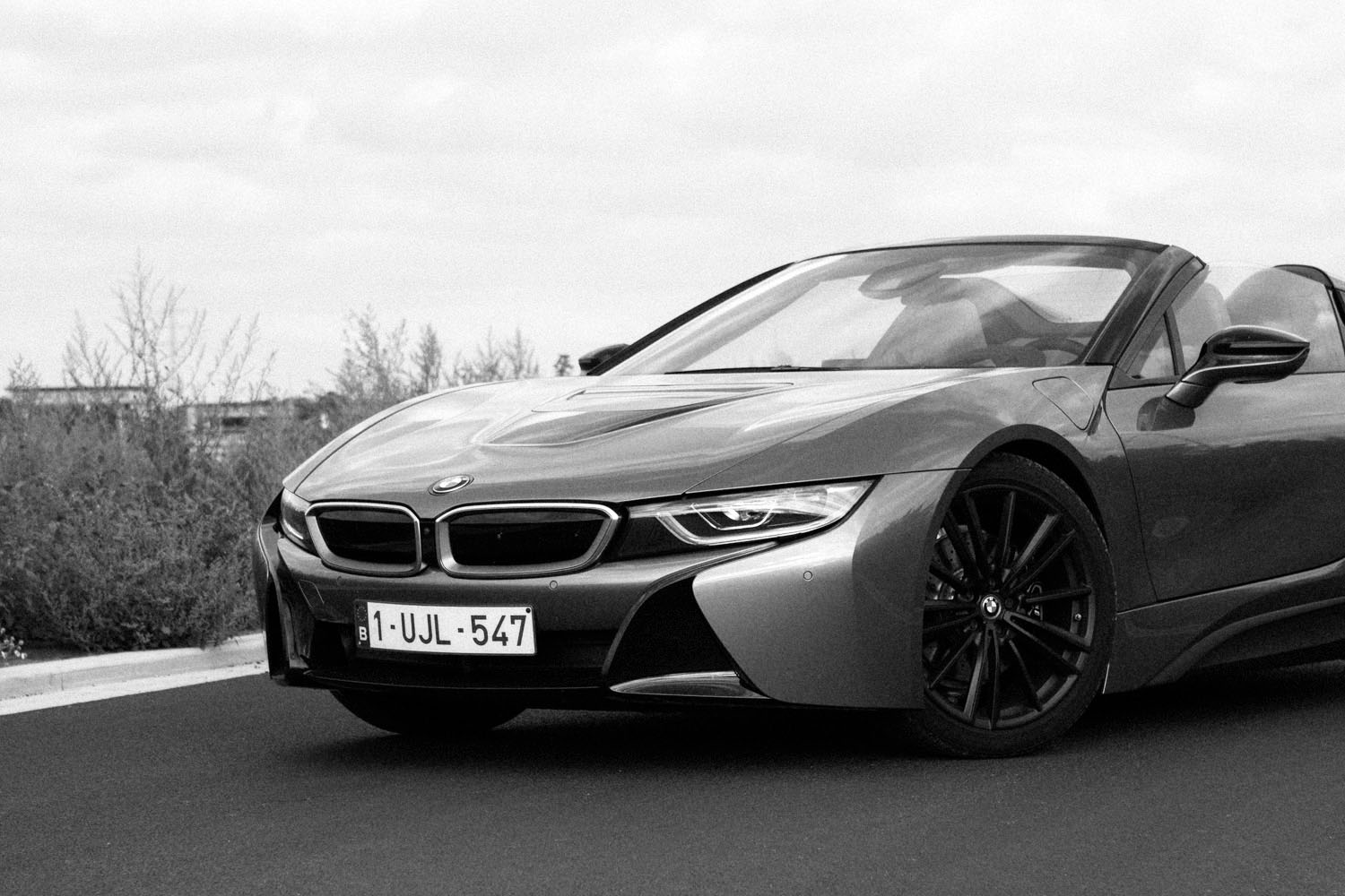 2018_bmw_i8_roadster_first_edition_test_02