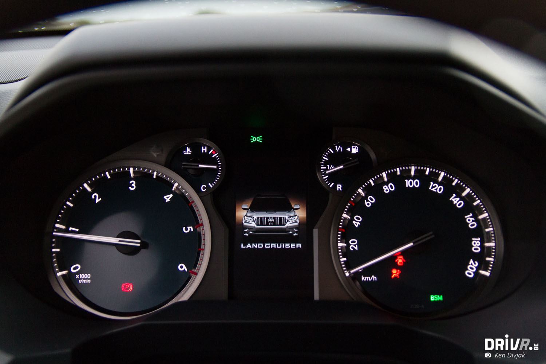 Toyota Land Cruiser 150-5