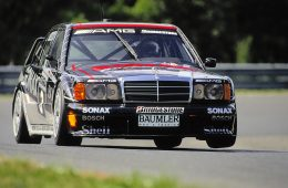 Mit 16 Siegen zur DTM-Meisterschaft 1992: Legendäre DTM-Erfolgssaison für Mercedes-Benz vor 25 JahrenWith 16 victories to the 1992 DTM championship: legendary DTM season of successes for Mercedes-Benz 25 years ago