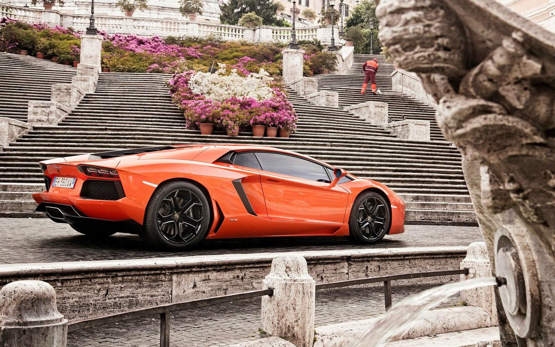 Lamborghini-Aventador_rev2