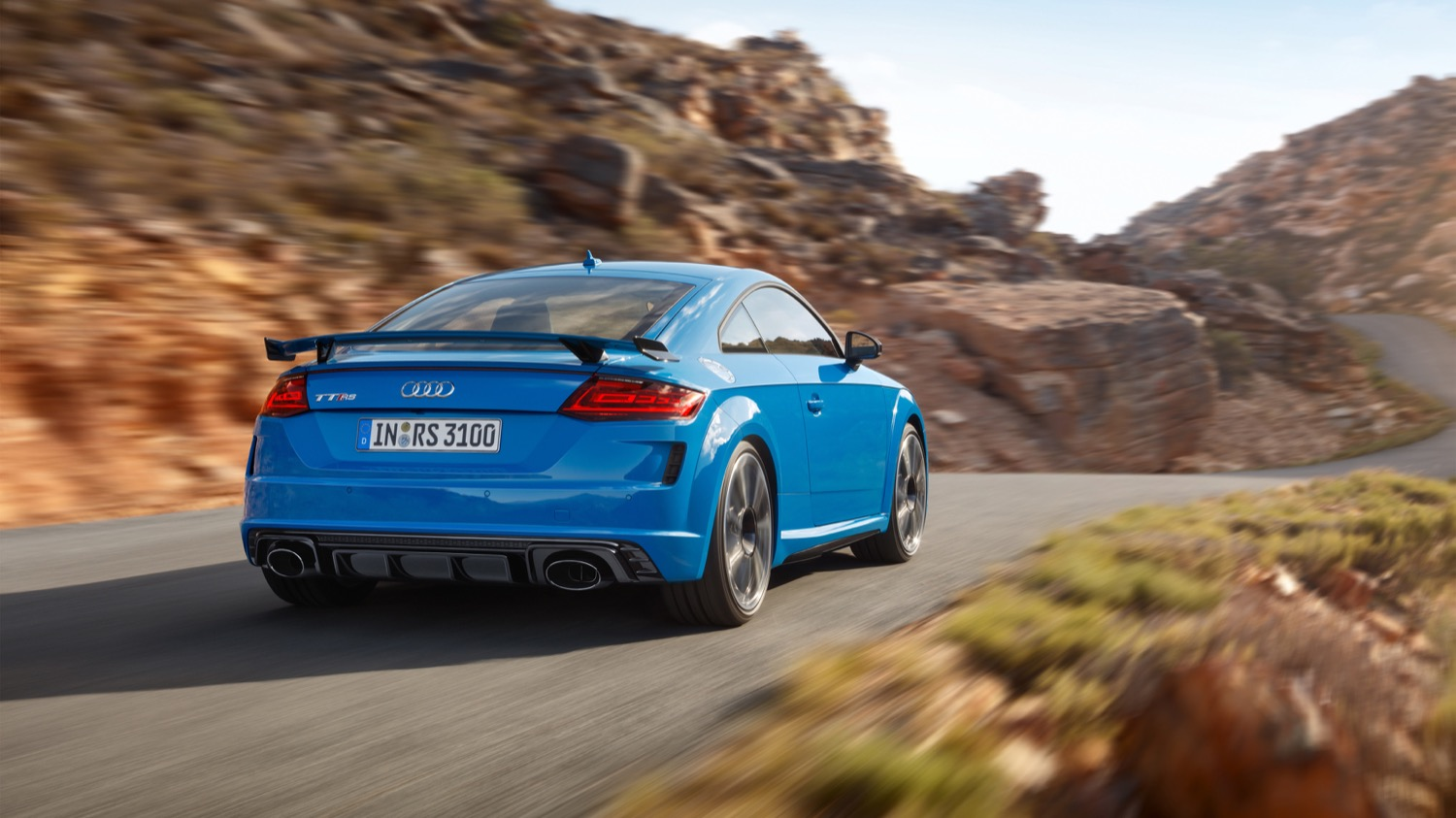 2019_audi_tt_rs_coupe_roadster_09