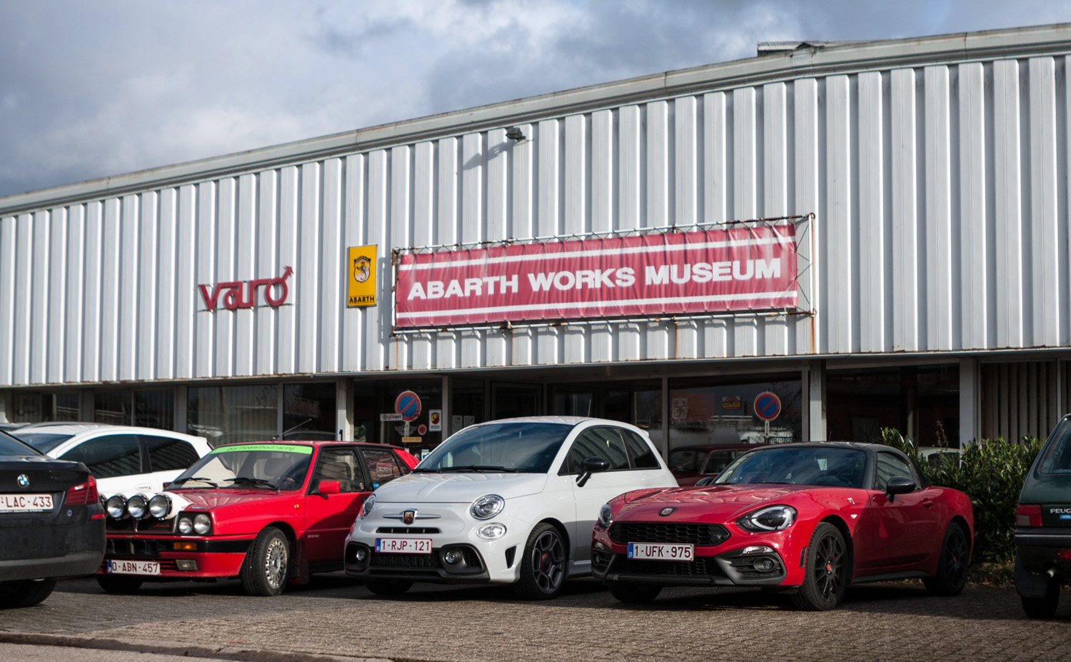 2019_drivr10_abarth_works_museum_01