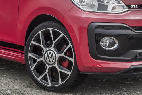 2019_volkswagen_up_gti_15