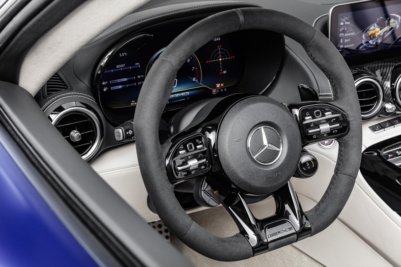 2019_mercedes_amg_gtr_roadster_18