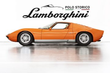 1969_lamborghini_miura_p400_orange_the_italian_job_01