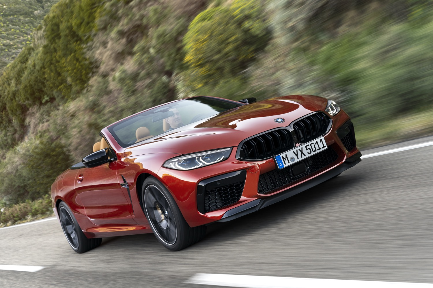 2019_bmw_m8_competition_coupe_cabrio_01