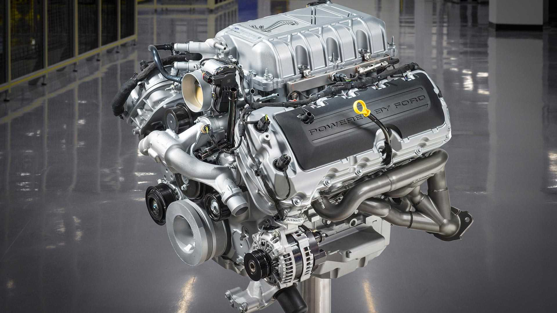 2020-ford-mustang-shelby-gt500-engine