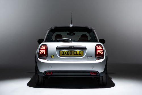 2019_mini_electric_03