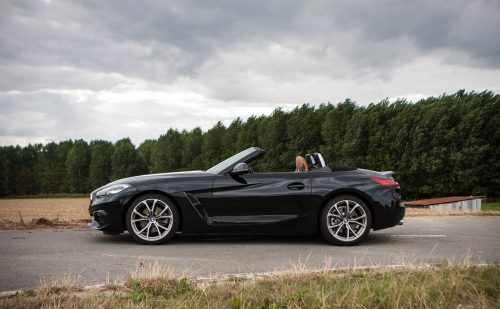 2019_bmw_z4_roadster_sdrive_20i_test_02
