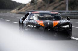 2019_bugatti_chiron_worldrecord_300_mph_02