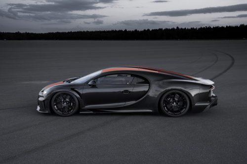 2019_bugatti_chiron_worldrecord_300_mph_17