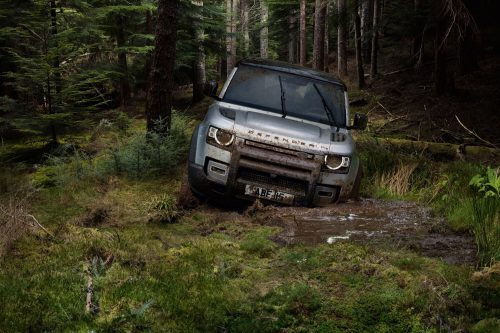 2020_land_rover_defender_l663_official_03