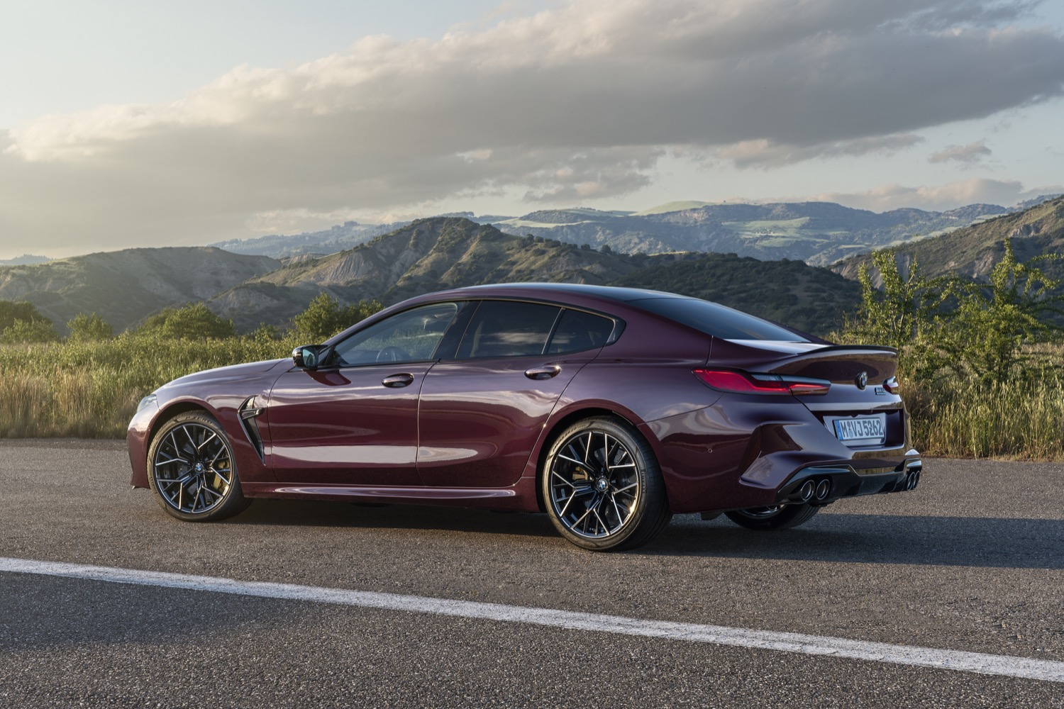 2019_bmw_m8_grancoupe_competition_10