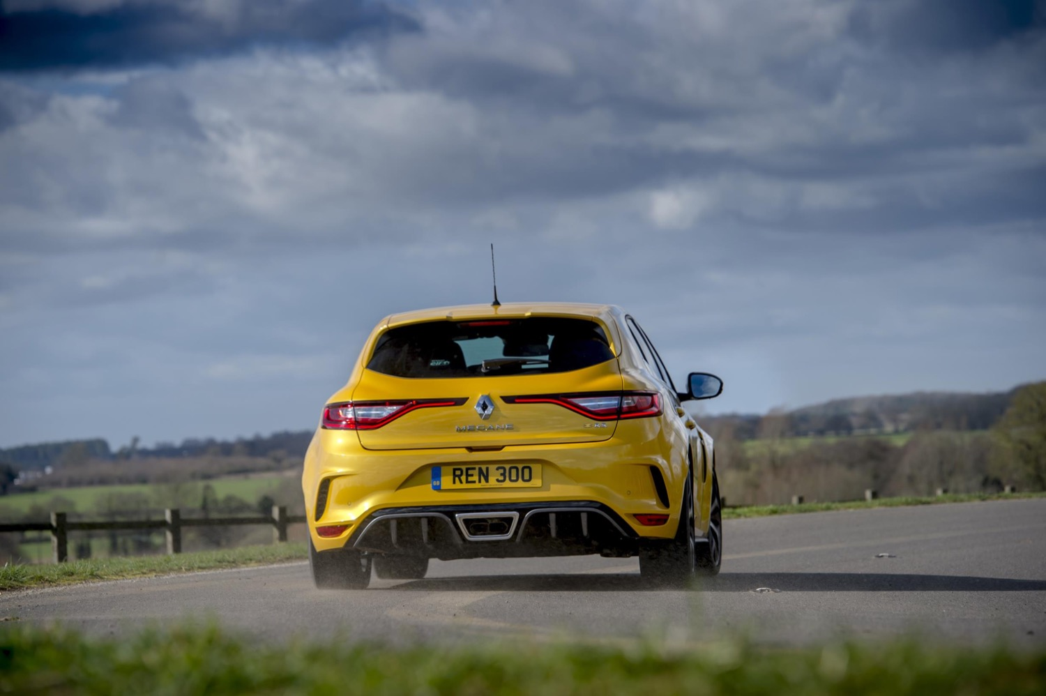 2019_renault_megane_rs_trophy_edc_test_07