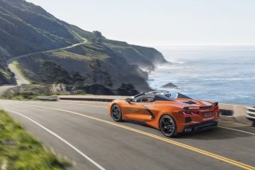 2020_chevrolet_corvette_convertible_c8_01
