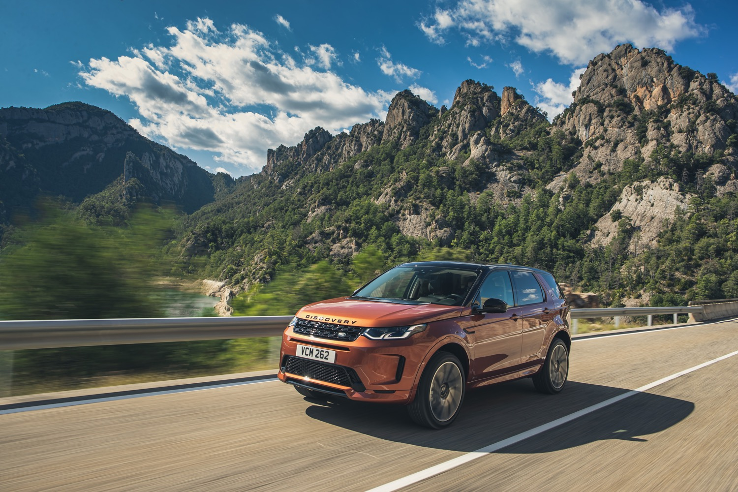 2020_land_rover_discovery_sport_facelift_02