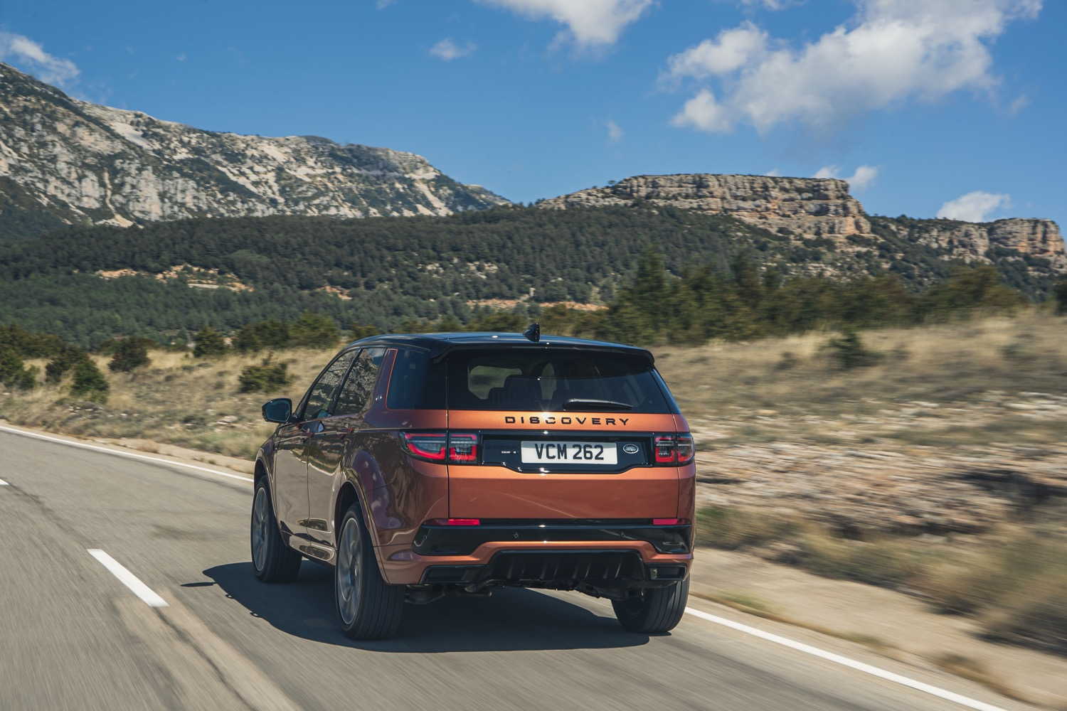 2020_land_rover_discovery_sport_facelift_04