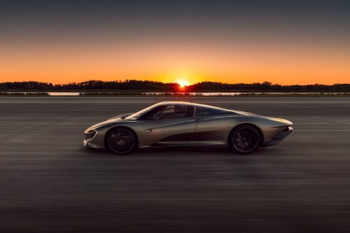 2020_mclaren_speedtail_max_speed_03