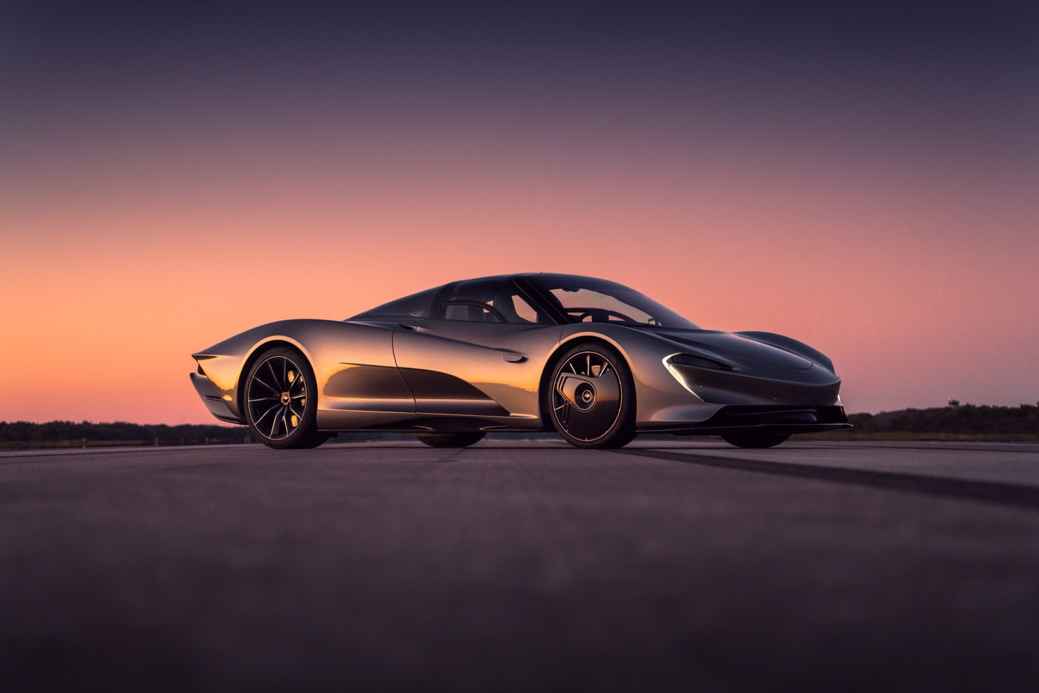 2020_mclaren_speedtail_max_speed_09