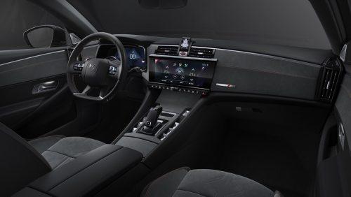 2020_DS9_sedan_03