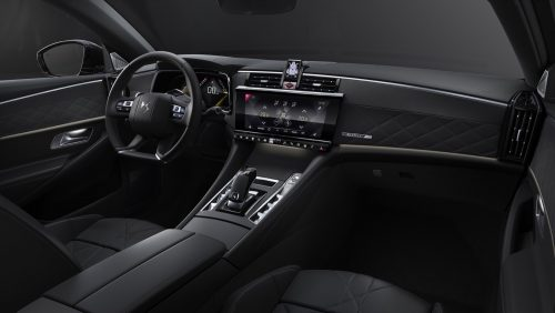 2020_DS9_sedan_04