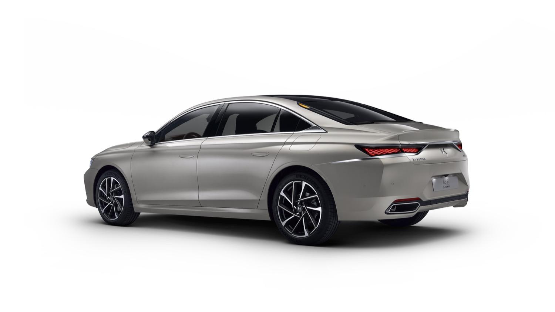 2020_DS9_sedan_06