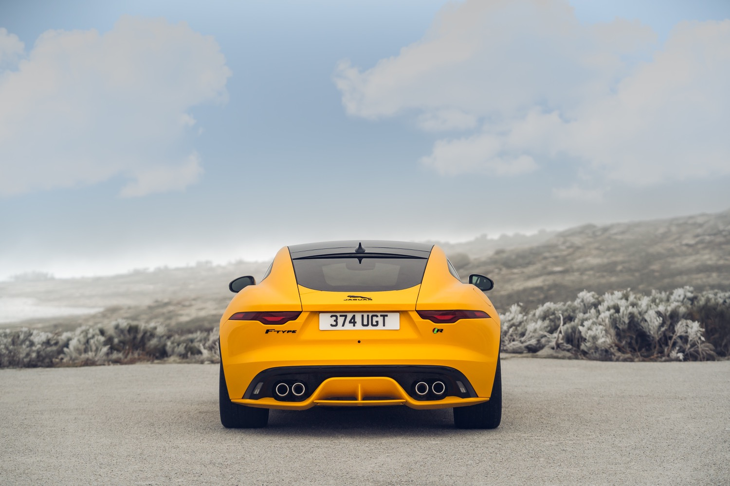 2020_jaguar_ftype_v8_awd_coupe_yellow_test_04