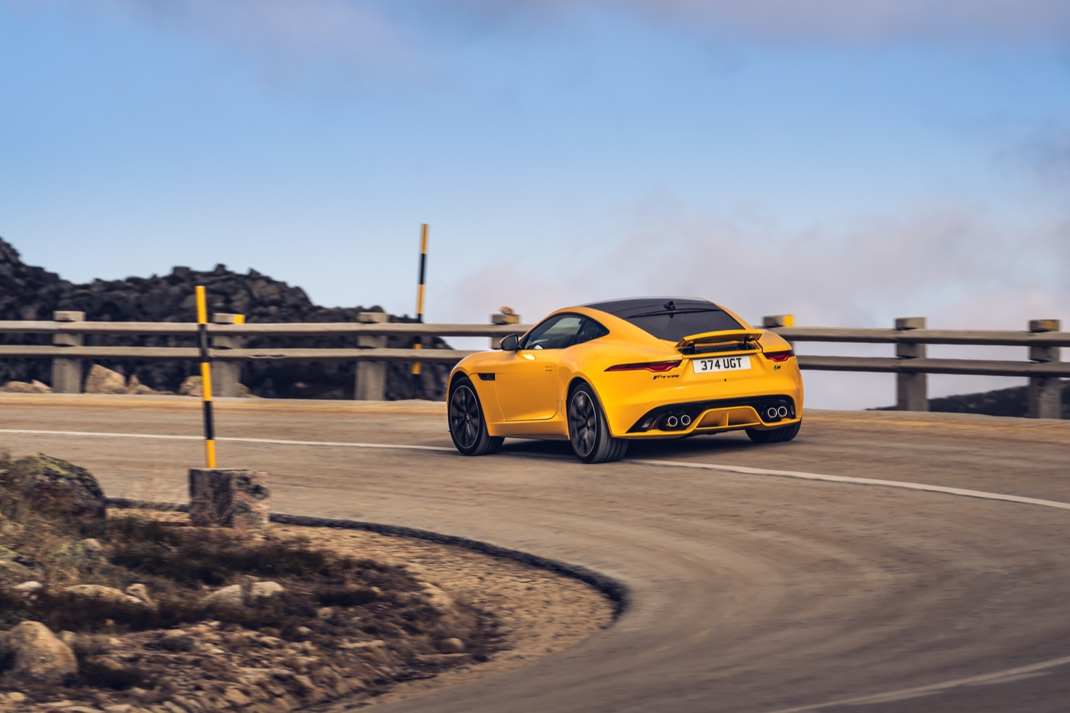 2020_jaguar_ftype_v8_awd_coupe_yellow_test_09