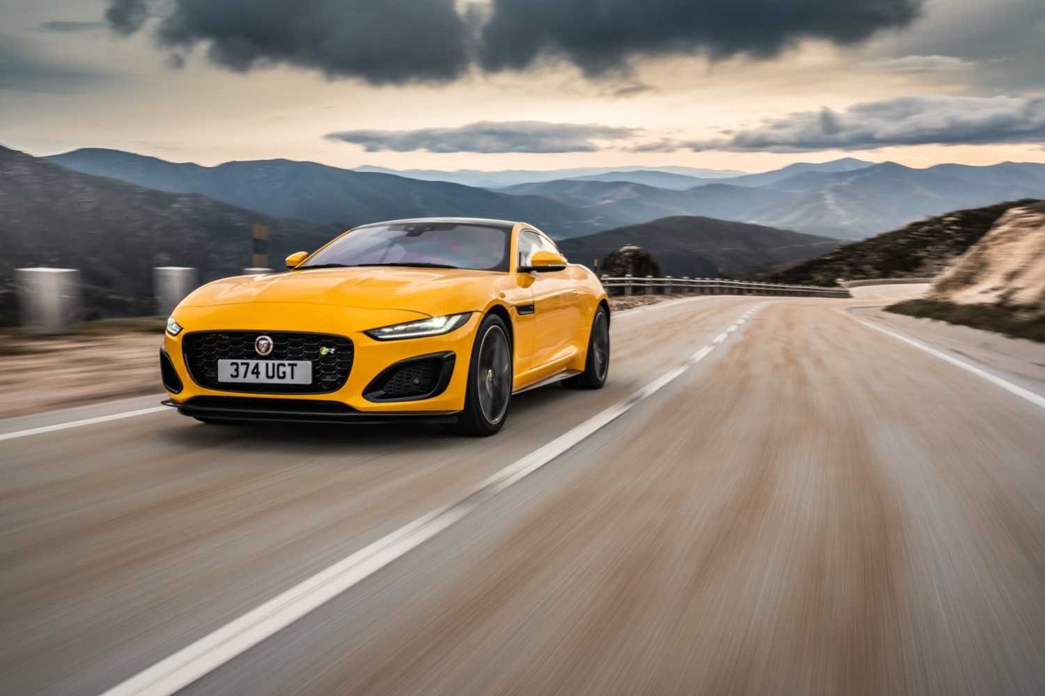 2020_jaguar_ftype_v8_awd_coupe_yellow_test_13