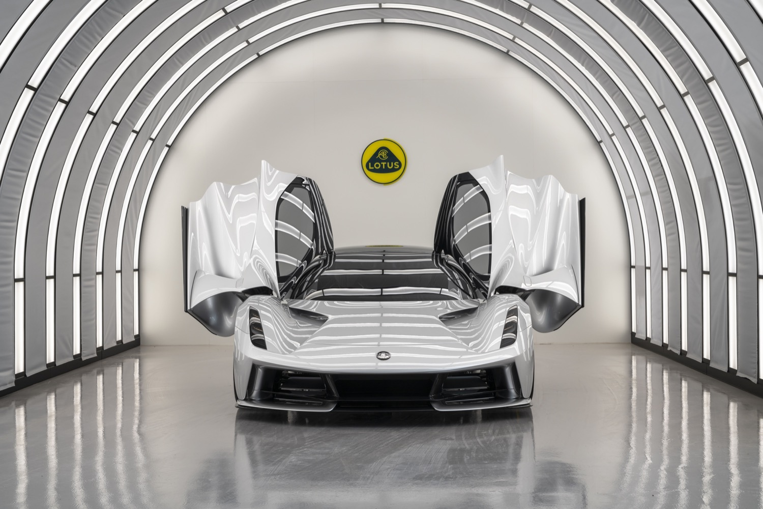 2020_lotus_evija_hypercar_electric_07