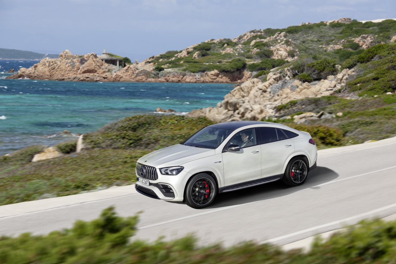 2020_mercedes_amg_gle63_S_4matic_coupe_03