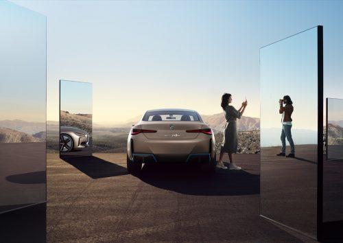 2020_bmw_concept_i4_electric_07