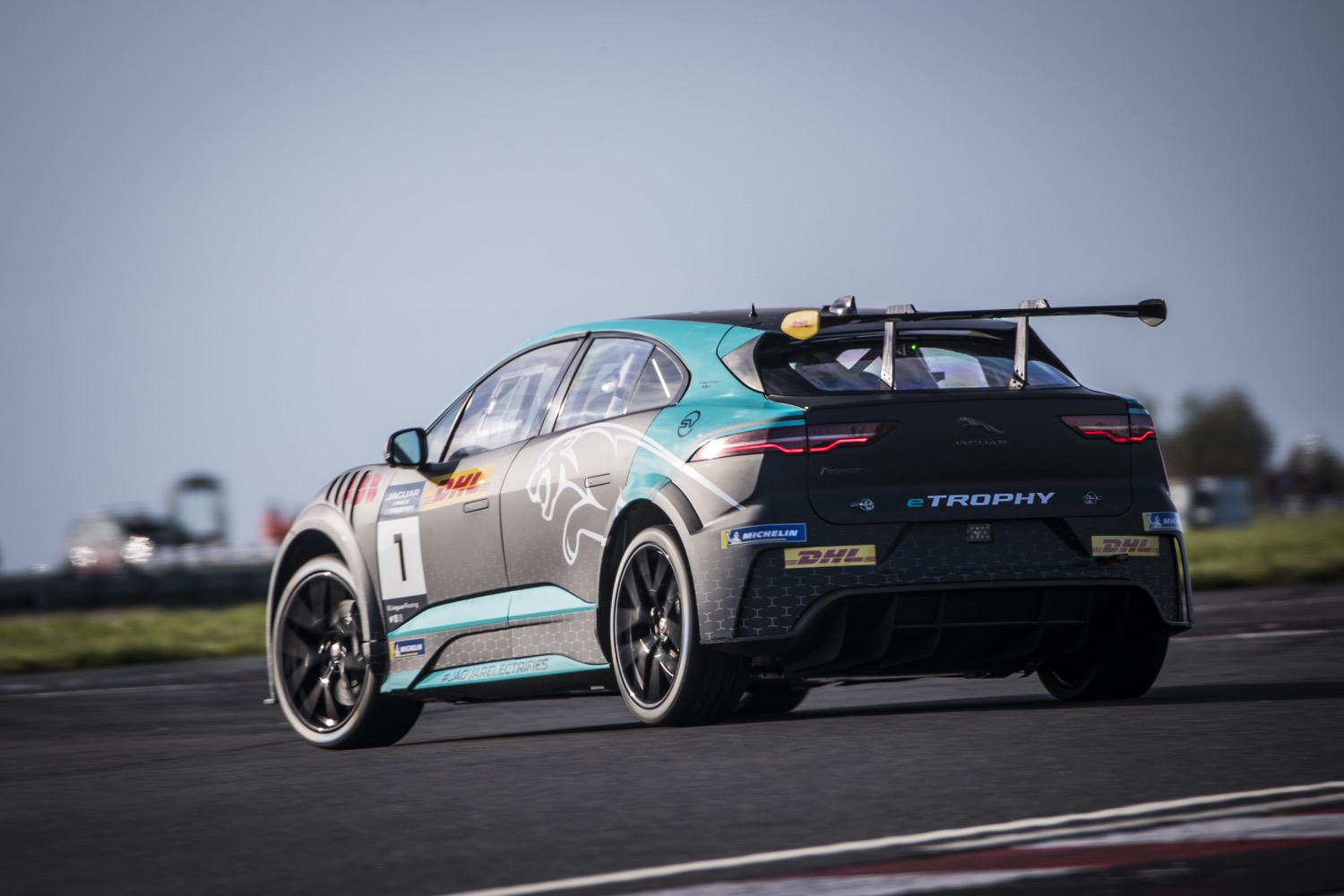 2020_jaguar_ipace_etrophy_test_13