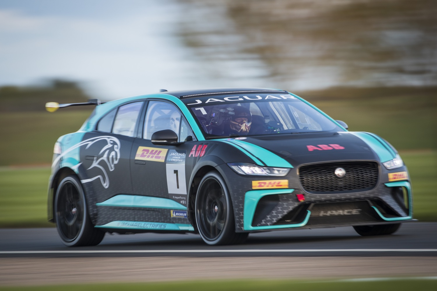 2020_jaguar_ipace_etrophy_test_21