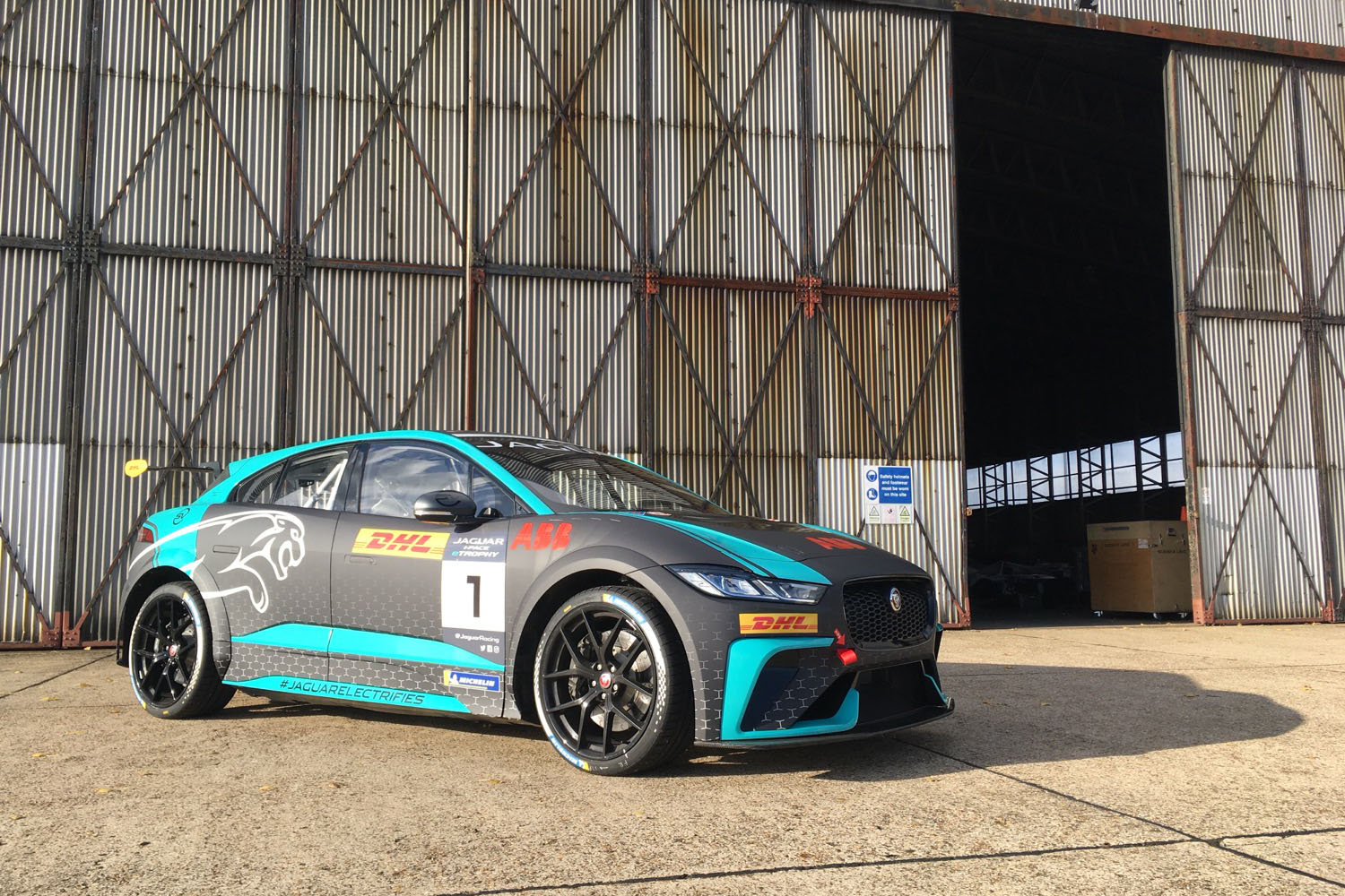 2020_jaguar_ipace_etrophy_test_32