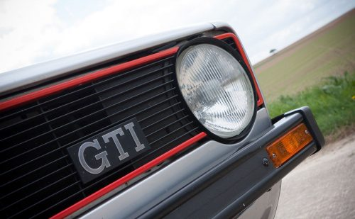 2020_volkswagen_golf_gti_mk1_up_gti