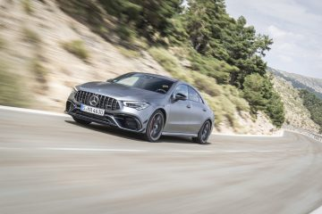 2020_mercedes_amg_cla_45_test_18