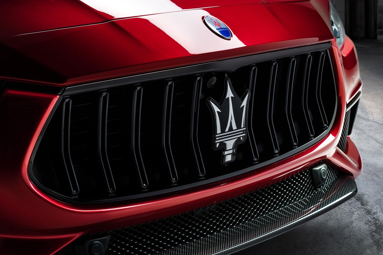2020_20_Maserati_Ghibli_Trofeo